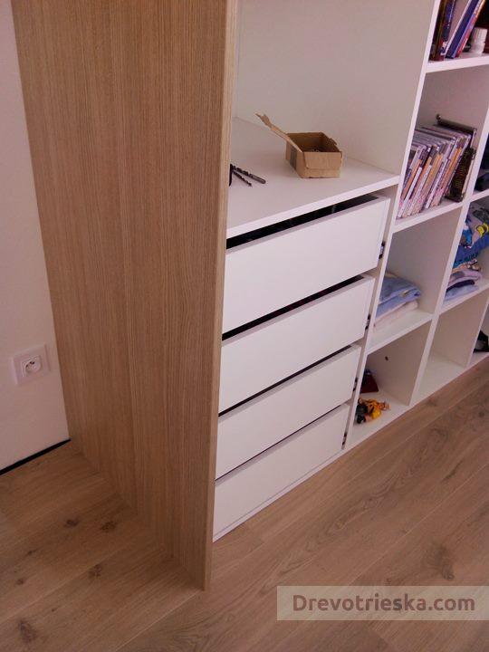 Zásuvkový kontajner vo vstavanej skrini